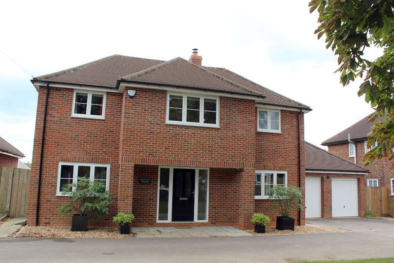 4 Bedrooms Detached House for sale in Cambridge Road, Barkway,