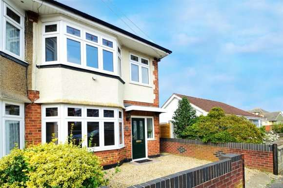 3 Bedrooms Detached House for sale in Western Avenue, Bournemouth