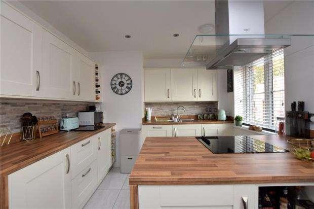 2 Bedrooms Garages Garage / Parking for sale in Norman Close, Sible Hedingham, Essex