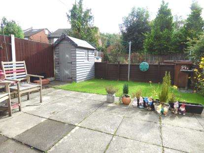 1 Bedroom Flat for sale in Colman Court, Broadgate, Preston, Lancashire, PR1
