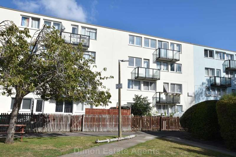 2 Bedrooms Flat for sale in Magennis Close, Rowner