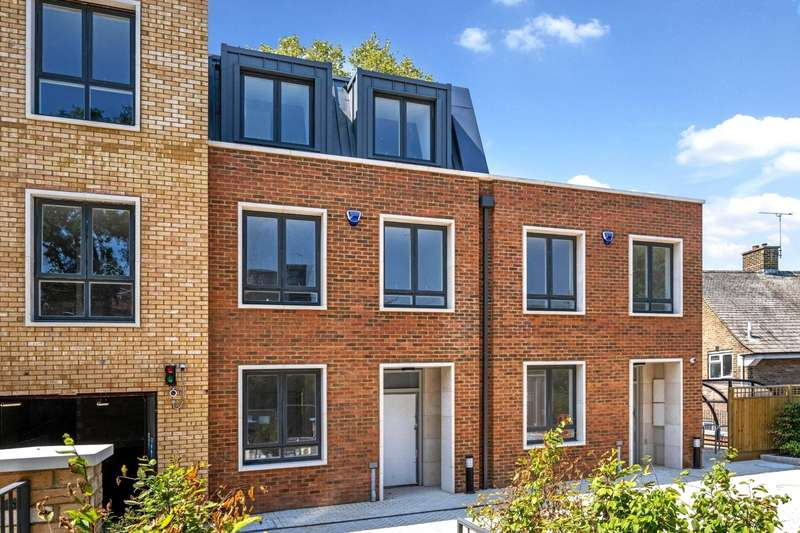 4 Bedrooms Terraced House for sale in Oakley Gardens, Childs Hill, London, NW2