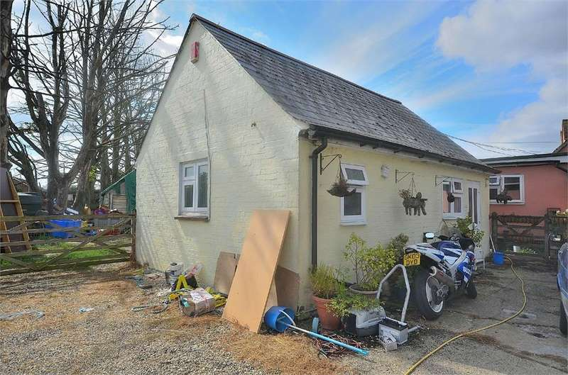 1 Bedroom Cottage House for rent in Church End, Broxted