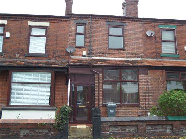 3 Bedrooms Terraced House for rent in Eastwood Road, Manchester