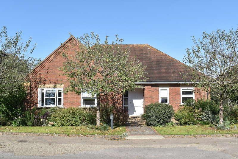 2 Bedrooms Detached Bungalow for sale in Elliscombe, Somerset, BA9