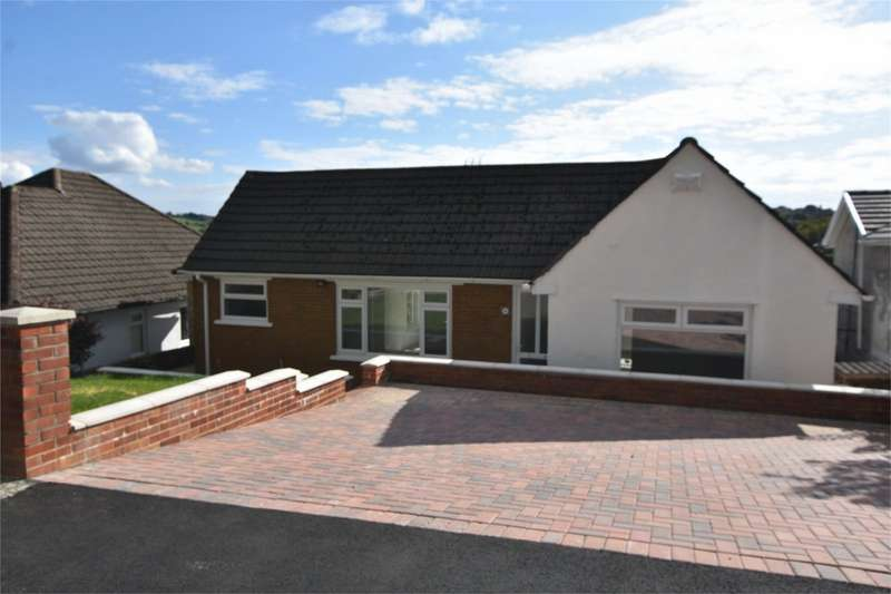 2 Bedrooms Detached Bungalow for sale in Highfield Road, Pontllanfraith, Blackwood, Caerphilly