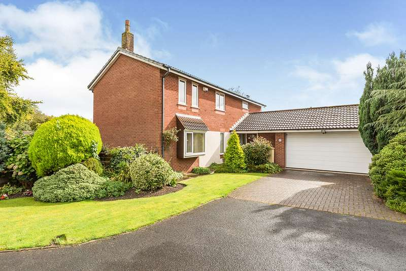 4 Bedrooms Detached House for sale in The Farthings, Chorley, Lancashire, PR7