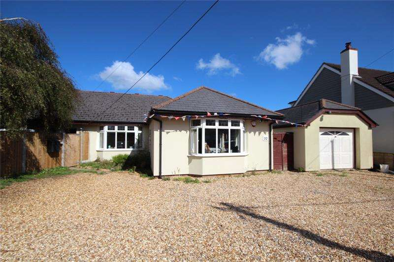 5 Bedrooms Detached House for sale in North Poulner Road, Ringwood, Hampshire, BH24