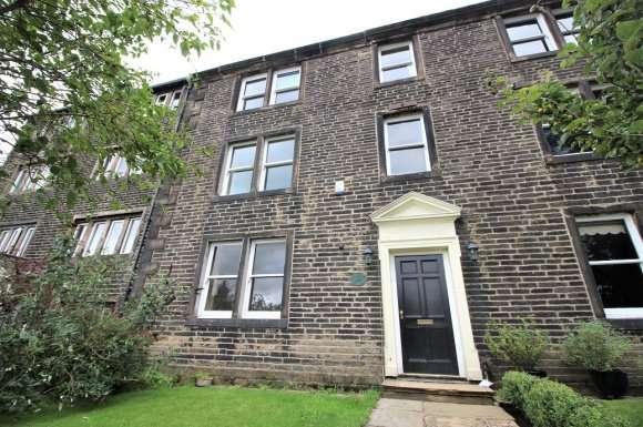 3 Bedrooms Property for sale in Sandy Lane, Dobcross, OL3