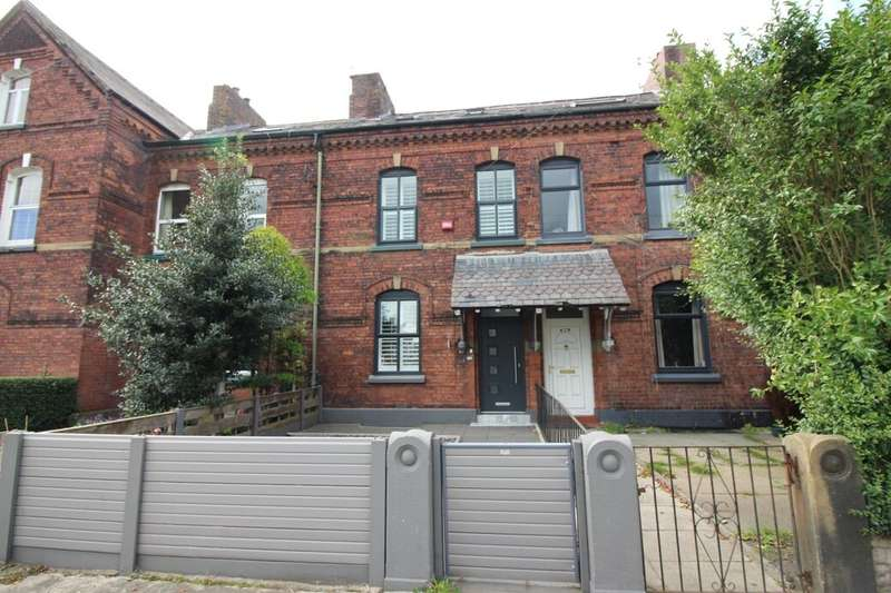 4 Bedrooms Terraced House for sale in Manchester Road, Bury, BL9