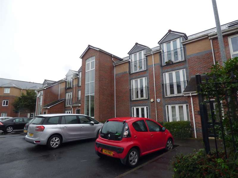 2 Bedrooms Flat for sale in Ainsworth Court, Stanley Road
