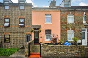 1 Bedroom Maisonette Flat for sale in East Street, Dover, Kent