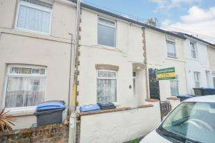 2 Bedrooms Terraced House for sale in Lowther Road, Dover, Kent, .