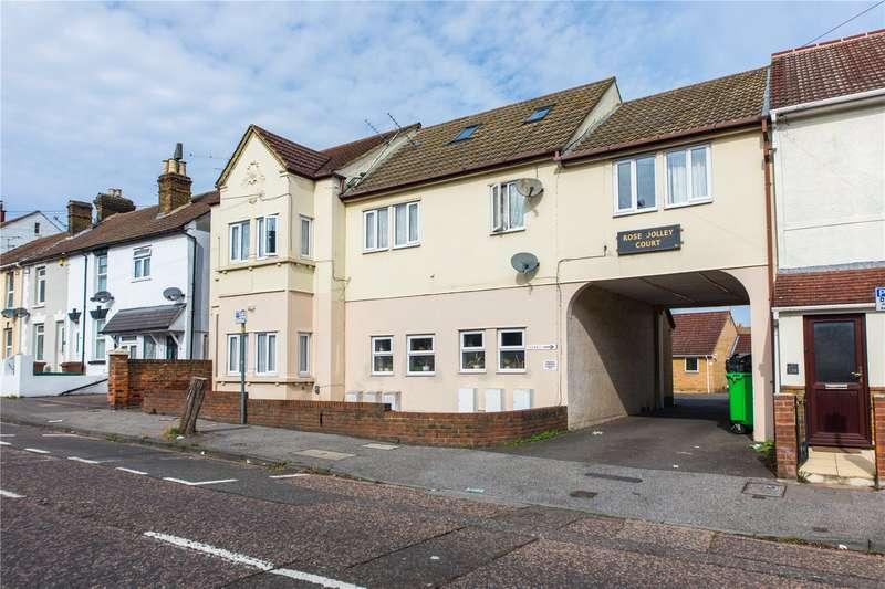 1 Bedroom Flat for sale in Gillingham Road, Gillingham, Kent, ME7