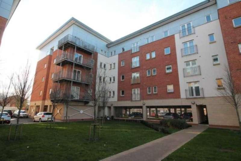 2 Bedrooms Apartment Flat for sale in Elmira Way, Salford