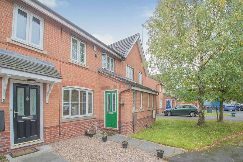 3 Bedrooms House for sale in Wadlow Close, Salford, Greater Manchester, M3
