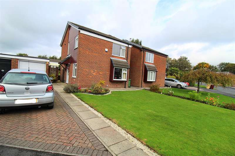 3 Bedrooms Detached House for sale in Lymbridge Drive, Blackrod, Bolton