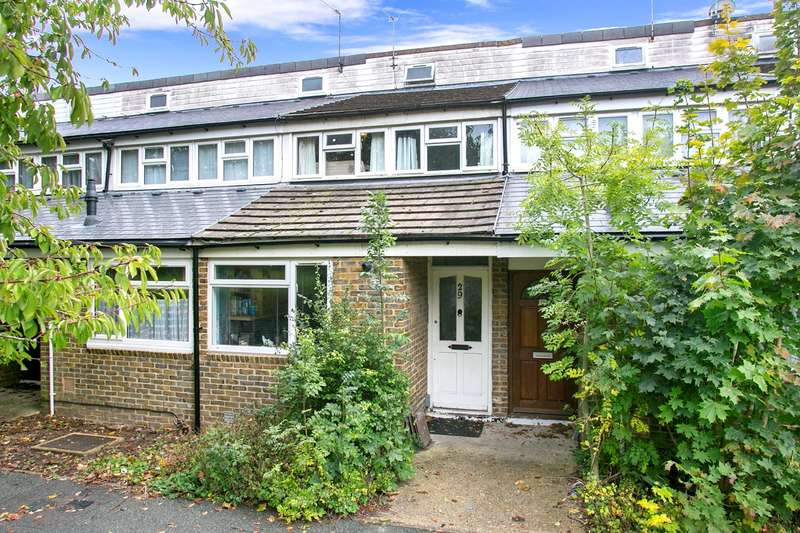 4 Bedrooms Terraced House for sale in Charnwood Close, Basingstoke, RG22