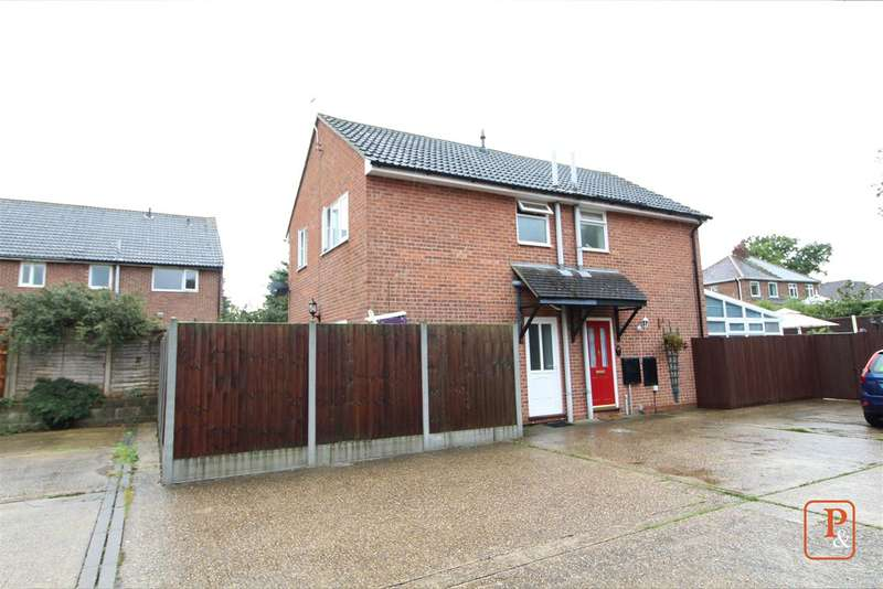 2 Bedrooms Semi Detached House for sale in Tara Close, Colchester, CO4