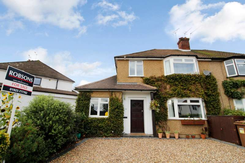3 Bedrooms Semi Detached House for sale in Tudor Way, Rickmansworth, Hertfordshire, WD3