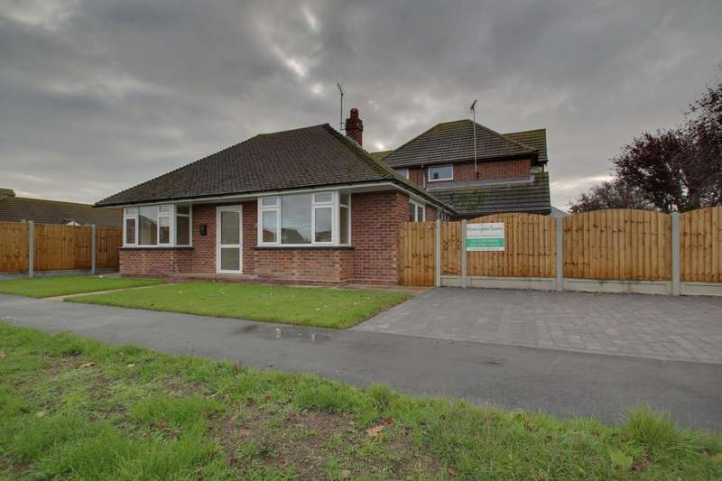 2 Bedrooms Detached Bungalow for sale in Bedford Road, Holland-On-Sea