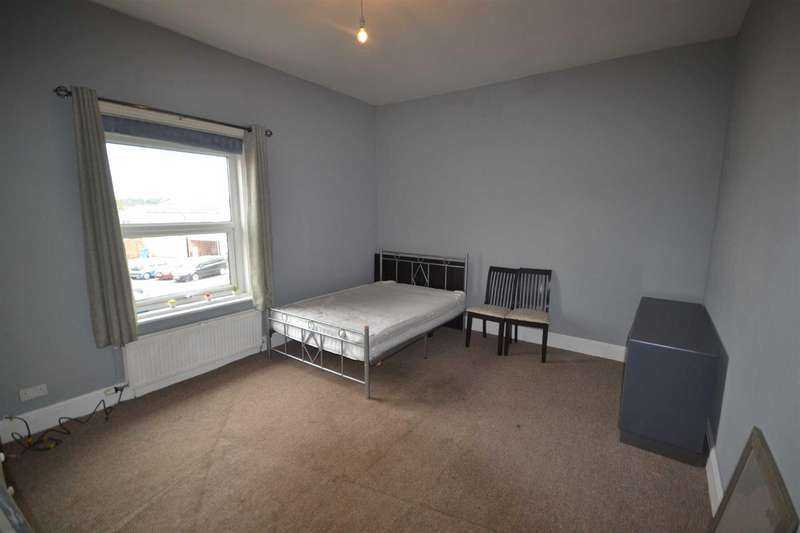 1 Bedroom Property for rent in Seymour Street, Radcliffe
