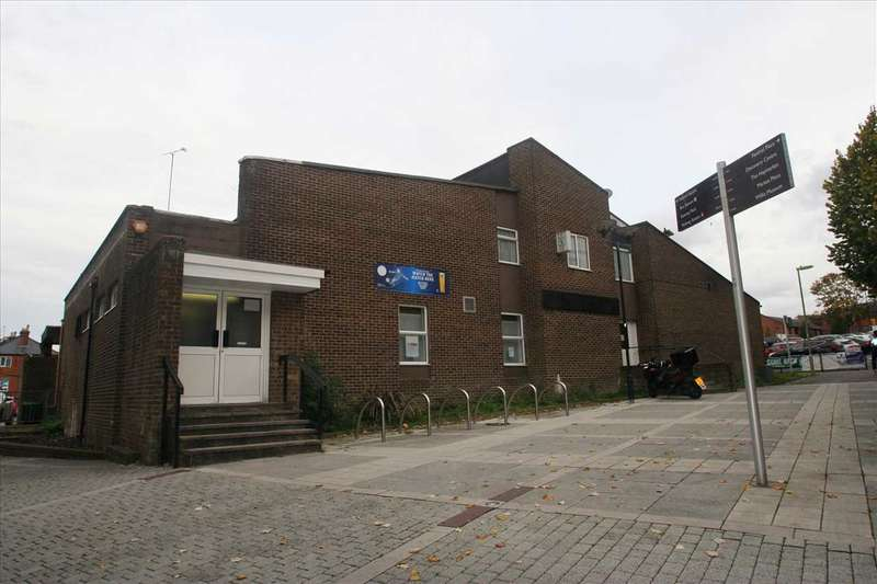 3 Bedrooms Apartment Flat for rent in The Club, Basingstoke