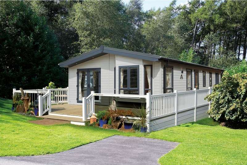 2 Bedrooms Lodge Character Property for sale in Port Haverigg Marina Village, Cumbria