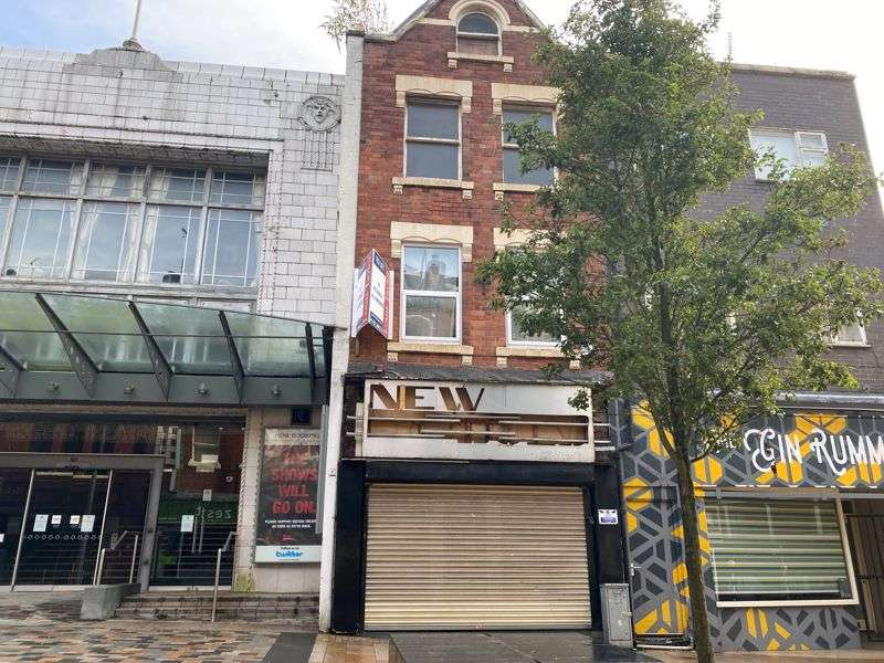 Property for rent in Piccadilly, Stoke-On-Trent