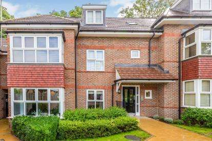 1 Bedroom Flat for sale in Burrow Close, Watford, Hertfordshire
