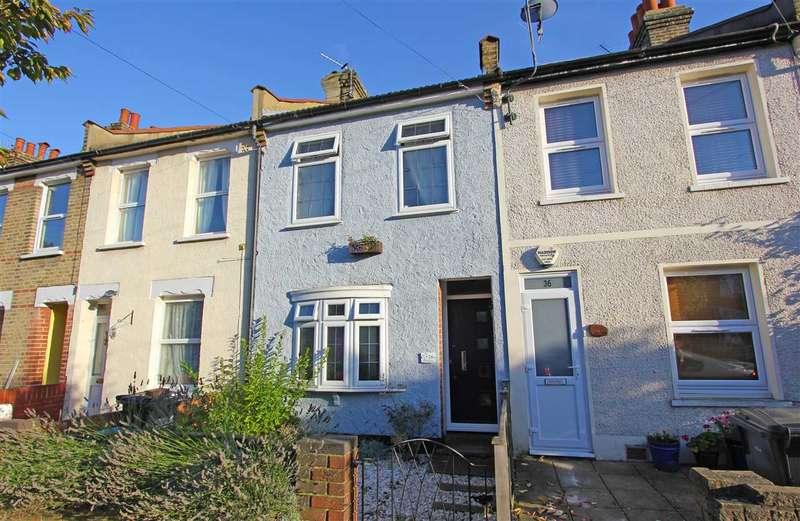 3 Bedrooms Terraced House for sale in Exeter Road, Croydon
