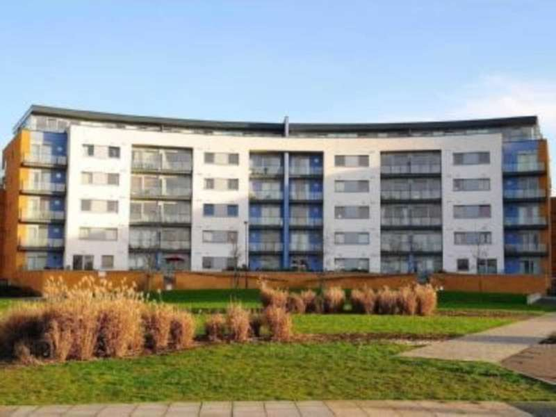 2 Bedrooms Apartment Flat for sale in Warrior Close, London, SE28 0NL