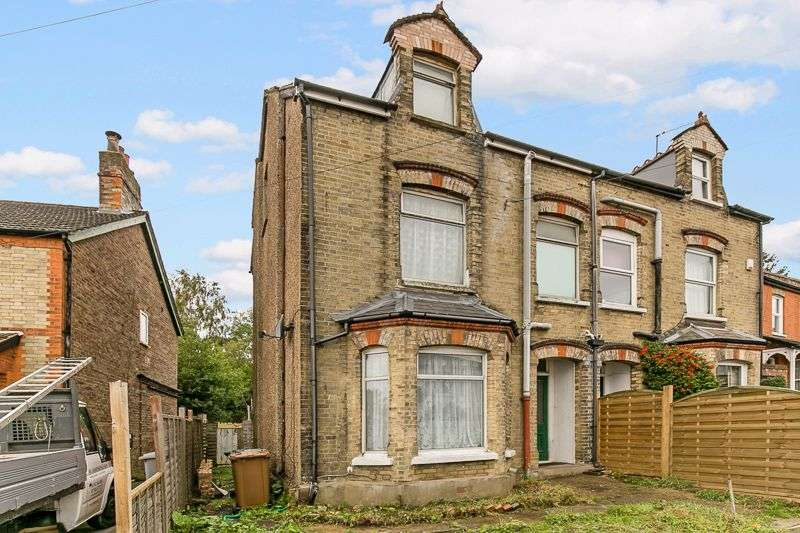 4 Bedrooms Property for sale in Woodlands Avenue, REDHILL