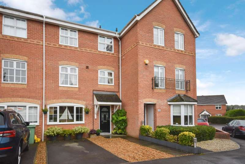 3 Bedrooms Town House for sale in Beggarwood, Basingstoke, RG22