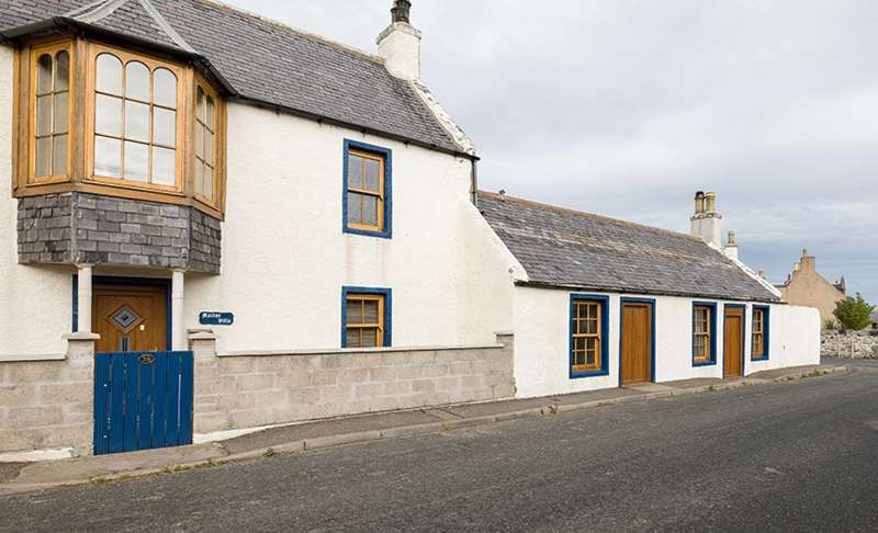 4 Bedrooms Semi Detached House for sale in Cullen Street, Portsoy, AB45 2PH