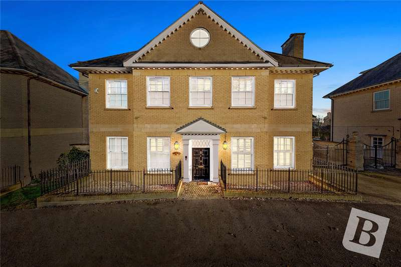 6 Bedrooms Detached House for sale in Braganza Way, Beaulieu Park, Chelmsford, Essex, CM1