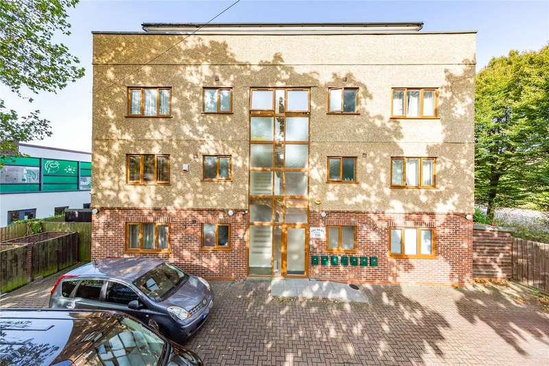 1 Bedroom Apartment Flat for sale in Grove Road, Chadwell Heath, RM6