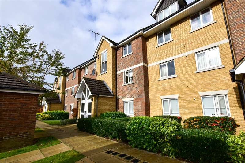 1 Bedroom Flat for sale in Farthings Close, Watford, Herts, WD18