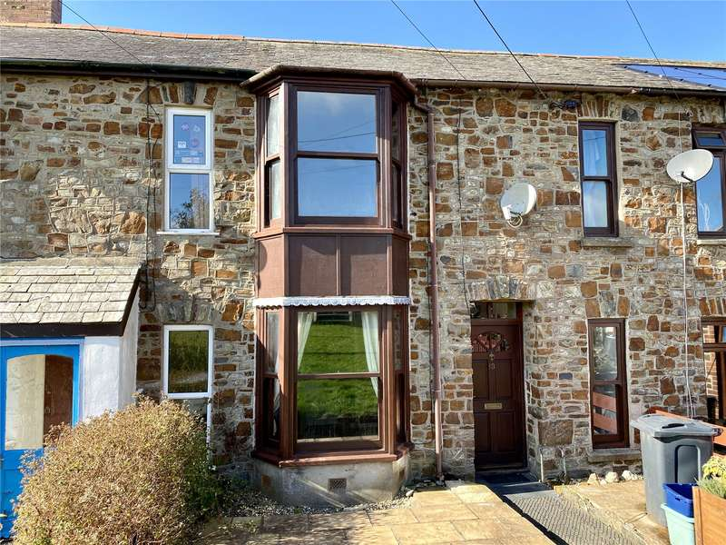 3 Bedrooms Terraced House for sale in Alexandra Terrace, South Molton, Devon, EX36