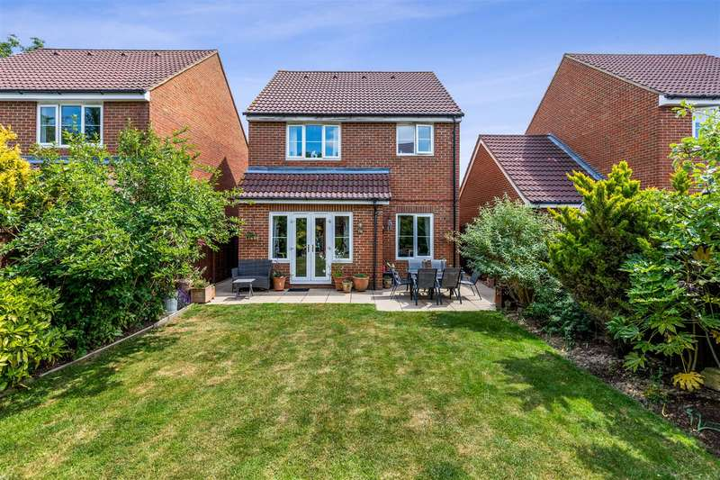 3 Bedrooms Detached House for sale in Richborough Way, Chartfields, Kingsnorth, Ashford