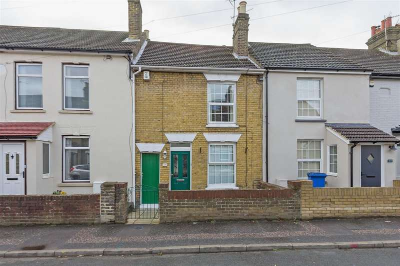 2 Bedrooms Terraced House for sale in Chalkwell Road, Sittingbourne