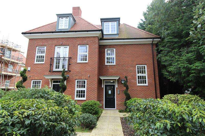 2 Bedrooms Apartment Flat for sale in Barnet Road, Barnet, EN5