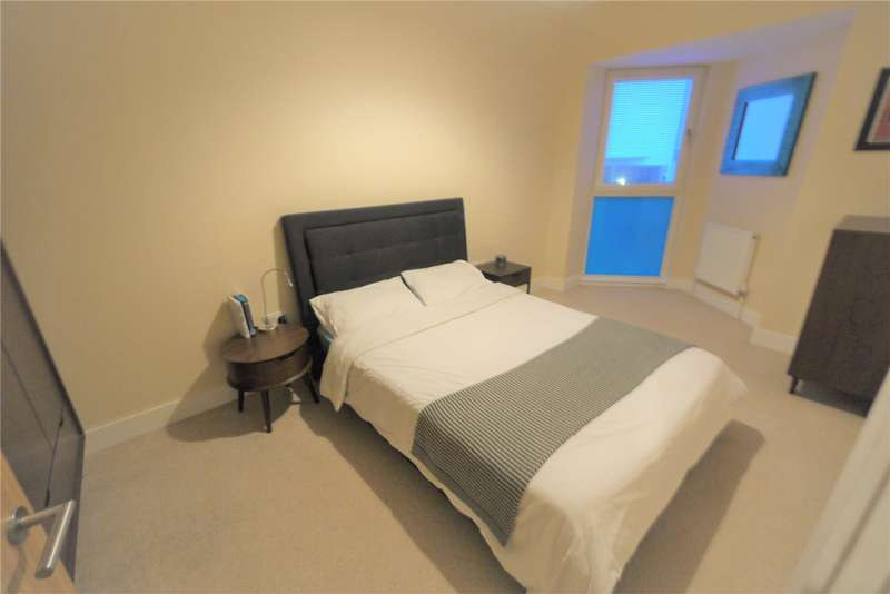3 Bedrooms Terraced House for sale in Queens Road, Brentwood, Essex, CM14