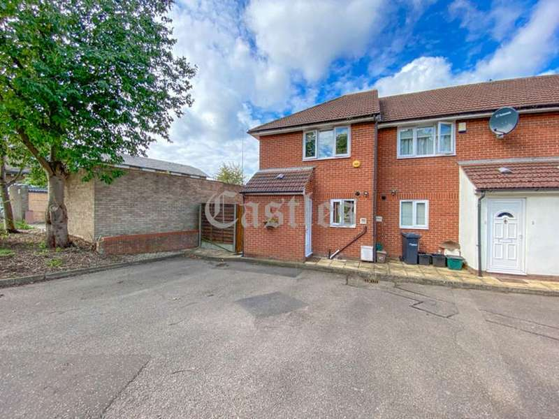 2 Bedrooms Property for sale in Joshua Walk, Waltham Cross, Hertfordshire, EN8