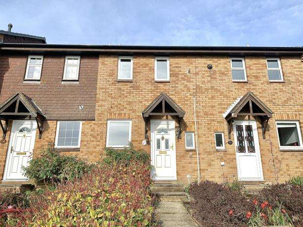 2 Bedrooms Terraced House for sale in Diligence Close, Bursledon, Southampton