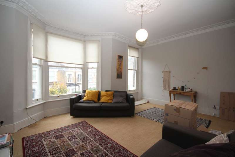 3 Bedrooms Detached House for rent in Albion Road, Newington Green, London, N16 9PJ