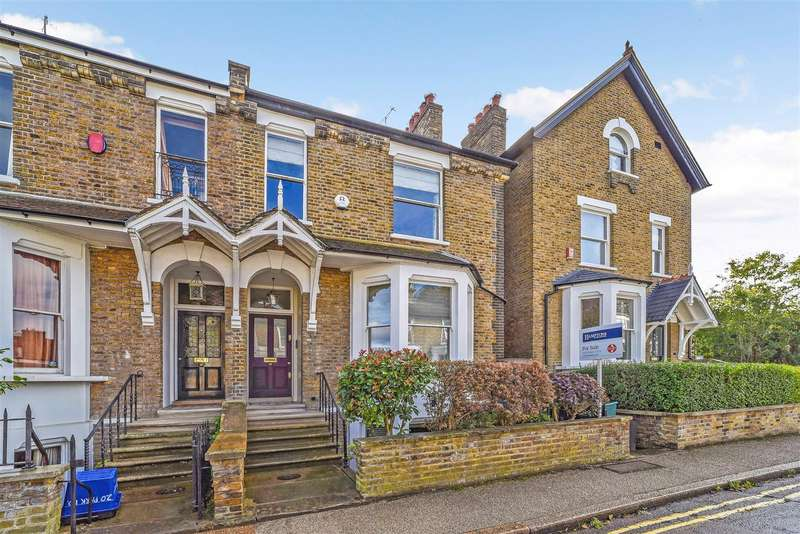 4 Bedrooms Semi Detached House for sale in Park Road, East Twickenham