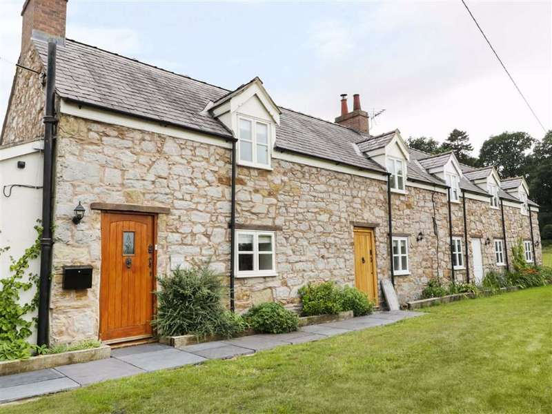2 Bedrooms Cottage House for rent in Bryn Road, Gwernaffield, Flintshire