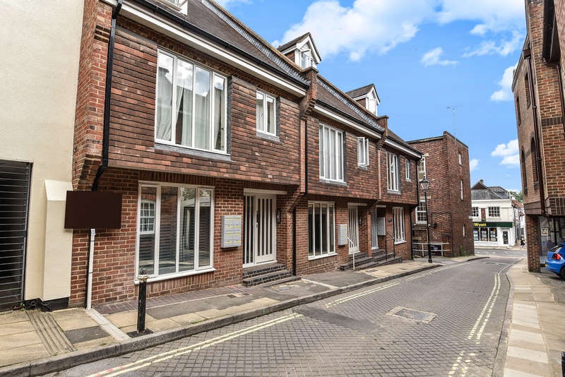 1 Bedroom Flat for rent in St. Clement Street, City Centre, Winchester