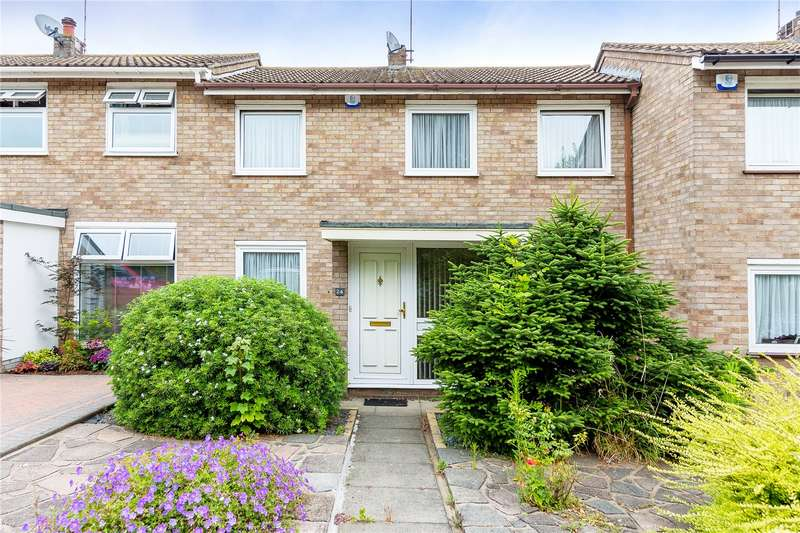 3 Bedrooms Terraced House for sale in Carisbrooke Close, Hornchurch, RM11